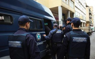 athens-police-officers-in-quarantine-after-detainee-tests-positive-for-covid0