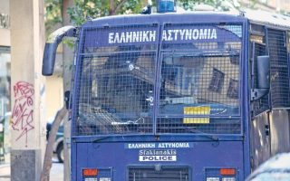 police-bus-carrying-prisoners-catches-fire