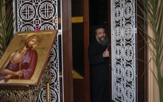 lockdown-weighs-heavily-on-orthodox-christians-during-easter