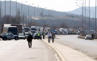 bulgarian-drivers-stage-counter-blockade-at-greek-border