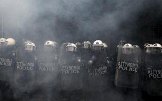 greek-police-seeks-help-in-managing-demonstrations