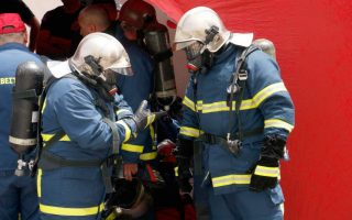 eight-refugees-rescued-from-fire-in-lavrio-reception-center