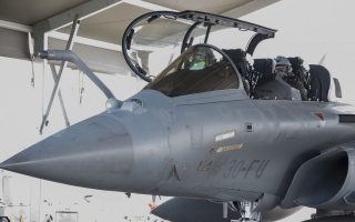 hafgs-chief-flies-rafale-jet-during-france-exercise0