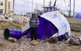 cold-snap-makes-life-even-more-miserable-for-refugees0