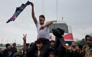 poland-will-take-7-000-refugees-under-conditions-austria-to-tighten-asylum-rules