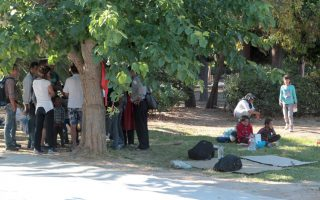 half-of-some-200-refugees-living-in-athens-park-are-children-says-ngo