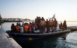 turkey-detains-20-in-nationwide-anti-migrant-smuggling-operation