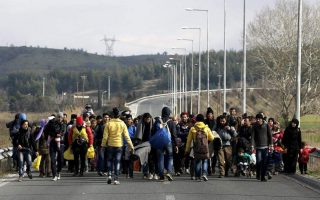more-than-50-000-migrants-and-refugees-stranded-in-greece