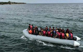 coast-guard-rescues-63-migrants-off-chios-and-samos