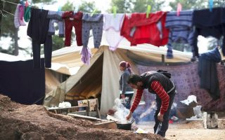 ritsona-refugee-camp-quarantined-after-20-test-positive-for-covid-19