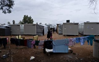 greece-vows-to-improve-migrant-reception-centers