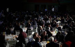 over-700-people-flock-to-municipality-s-christmas-lunch