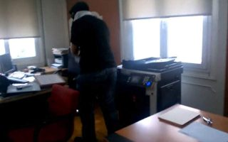 notary-slams-provocateurish-office-attack-by-rouvikonas