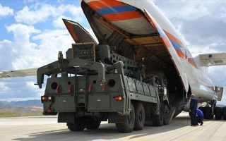 turkish-soldiers-start-training-on-russian-s-400-system