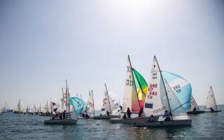 first-ever-sailing-marathon-gets-under-way