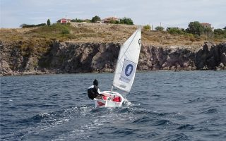 greek-teen-sails-around-lesvos-in-solidarity-with-refugees