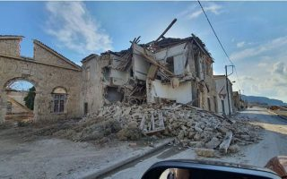 samos-building-whose-partial-collapse-killed-two-teens-demolished
