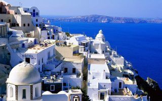bid-to-halt-illegal-building-on-mykonos-santorini