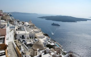 german-summer-bookings-for-turkey-egypt-tunisia-drop-40-pct-but-greece-holding-up