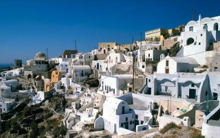 santorini-and-athens-make-most-instagrammable-places-top-500