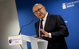 france-amp-8217-s-sapin-maintains-mediator-amp-8217-s-role-in-eurogroup