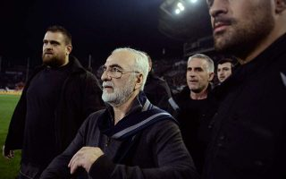 paok-president-issues-written-apology