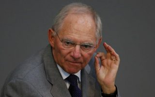 schaeuble-says-temporary-grexit-idea-was-backed-by-eurogroup-majority0