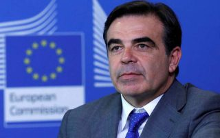 eu-commissioner-schinas-tests-positive-for-covid-190