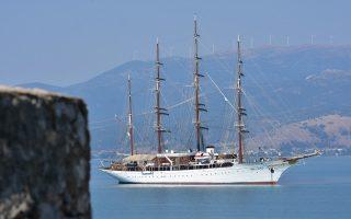 historic-yacht-sails-into-nafplio