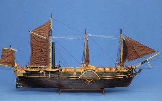 model-maker-shows-greek-shipbuilding-through-the-ages
