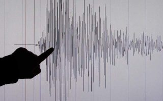moderate-quake-strikes-sea-area-northeast-of-athens