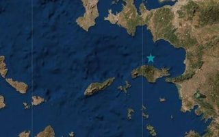 quake-damages-buildings-and-roads-in-samos-and-in-turkey-s-izmir