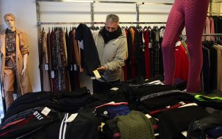 retail-back-with-hope-on-winter-sales