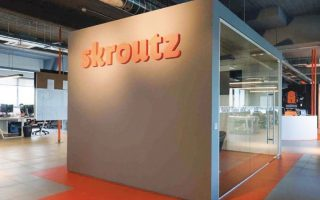 skroutz-buys-out-courier-enterprise0