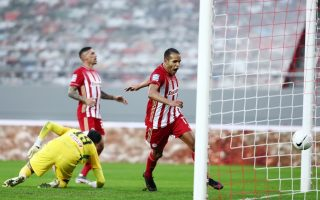 olympiakos-tops-league-at-halfway-point0