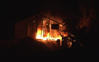chios-tense-after-unrest-at-migrant-camp