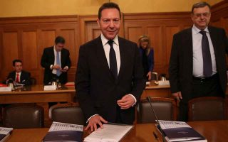 after-cyprus-talks-begin-on-the-creation-of-a-bad-bank-in-greece0