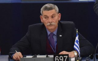 golden-dawn-mep-booted-out-for-racist-rant