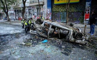 two-germans-among-rioters-arrested-cleanup-gets-under-way