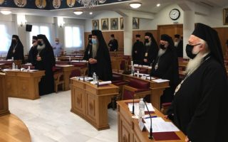 holy-synod-convenes-with-clerics-wearing-face-masks0