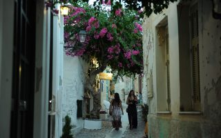 eu-tourism-fared-better-than-foreign-travel