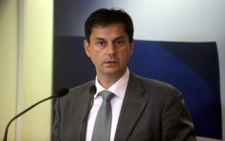 covid-19-vaccination-certificate-not-prerequisite-to-travel-to-greece-this-summer-says-minister