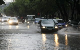 storms-and-hail-pound-thessaloniki-roads-and-basements-flooded