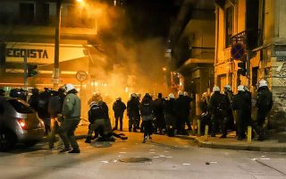 five-suspects-arrested-over-trouble-at-thessaloniki-rally-granted-release