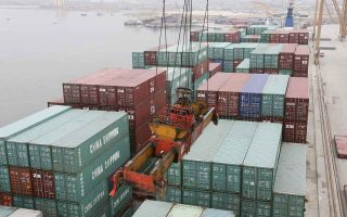 exports-face-huge-delays-at-thessaloniki-port