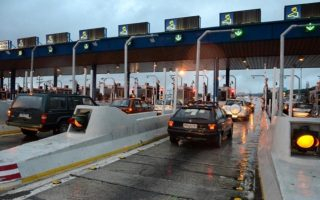 eleven-cleared-of-toll-protest-charges