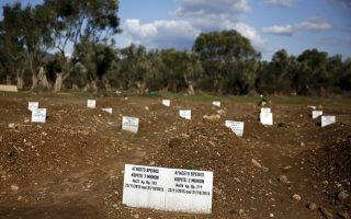 unknown-dead-fill-lesvos-cemetery-for-refugees-drowned-at-sea