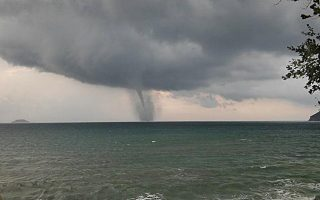 tornado-sweeps-through-zakynthos