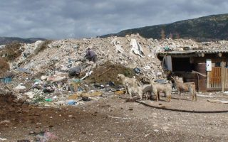 police-to-test-samples-from-aspropyrgos-toxic-waste-dump