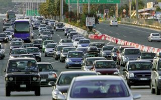 road-traffic-in-attica-jumped-ahead-of-easter